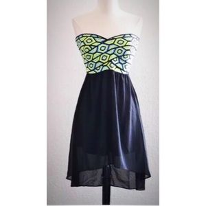 Strapless Criss Cross Dress
